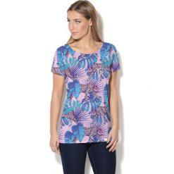 Colour Pleasure Koszulka damska CP-034  274 niebiesko-różowo-turkusowa r. XL-XXL. Czerwone bluzki damskie Colour pleasure, xl. Za 70,35 zł.