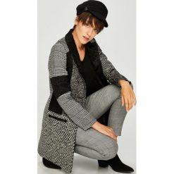 Desigual - Płaszcz. Szare płaszcze damskie marki Desigual, l, z tkaniny, casualowe, z długim rękawem. Za 849,90 zł.