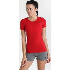 Nike Performance ALL OVER Tshirt basic gym red/black. Czerwone topy sportowe damskie marki Nike Performance, xs, z elastanu. Za 129,00 zł.