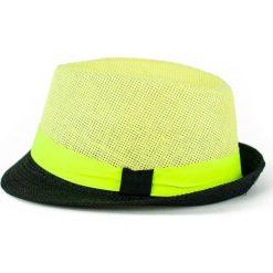 Kapelusz damski Kolorowy szyk zielony. Zielone kapelusze damskie Art of Polo, w kolorowe wzory. Za 28,94 zł.