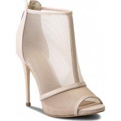 Botki GUESS - Teddy FLTED1 FAB09 BEIGE. Brązowe buty zimowe damskie Guess, ze skóry ekologicznej. W wyprzedaży za 459,00 zł.