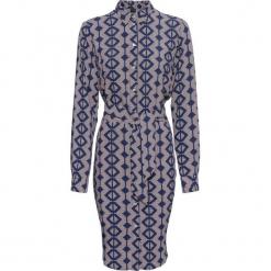Sukienka szmizjerka bonprix jasnoróżowo-niebieski z nadrukiem. Różowe sukienki na komunię marki numoco, l, z dekoltem w łódkę, oversize. Za 109,99 zł.