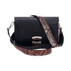 Torebki klasyczne damskie: Skórzana torebka w kolorze czarno-czerwonym – (S)26 x (W)15 x (G)8 cm