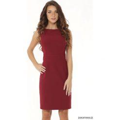 Dopasowana sukienka odcięta w pasie bordowa. Czerwone sukienki balowe Pakamera, mini, dopasowane. Za 179,00 zł.