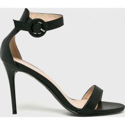 Answear - Sandały Poti Pati. Czarne sandały damskie marki Mohito, na obcasie. W wyprzedaży za 89,90 zł.