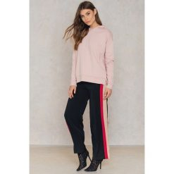 TOBA Bluza Hilda - Pink. Różowe bluzy męskie marki TOBA. W wyprzedaży za 161,98 zł.