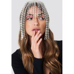 Galore x NA-KD Biżuteria na włosy ze strassu - Silver. Szara łańcuszki damskie Galore x NA-KD. Za 141,95 zł.