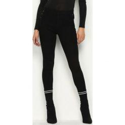 Spodnie damskie: Czarne Spodnie Trois Buttons