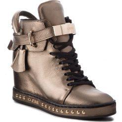 Sneakersy CARINII - B4464 L94-000-000-C98. Brązowe sneakersy damskie Carinii, z materiału. W wyprzedaży za 319,00 zł.