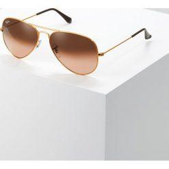 RayBan AVIATOR Okulary przeciwsłoneczne bronze/copper pink gradient brown. Brązowe okulary przeciwsłoneczne damskie aviatory Ray-Ban. Za 629,00 zł.