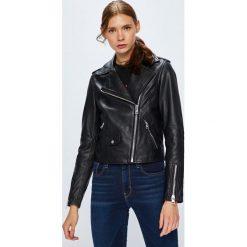Calvin Klein Jeans - Kurtka skórzana. Czarne kurtki damskie jeansowe Calvin Klein Jeans, l. W wyprzedaży za 1349,00 zł.