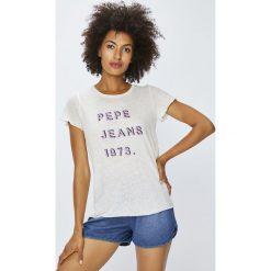 Pepe Jeans - Top. Szare topy damskie marki Pepe Jeans, m, z nadrukiem, z bawełny, z okrągłym kołnierzem. W wyprzedaży za 99,90 zł.