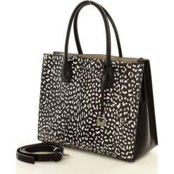 Niesamowity kuferek MICHAEL KORS BLACK. Czarne kuferki damskie Michael Kors, w paski, ze skóry. Za 1399,00 zł.