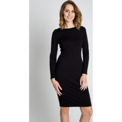 Sukienki balowe: Czarna sukienka z koronką BIALCON