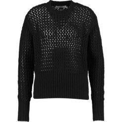 Hope LYNX SWEATER Sweter black. Czarne swetry klasyczne damskie Hope, z materiału. W wyprzedaży za 439,50 zł.