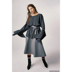 Bluzki asymetryczne: Bluzka żorżetowa damska czarna