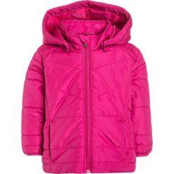 Name it NITMINE Płaszcz zimowy fuchsia purple. Czerwone kurtki chłopięce marki Name it, l, z nadrukiem, z bawełny, z okrągłym kołnierzem. Za 149,00 zł.