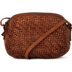 Skórzana torebka w kolorze jasnobrązowym - 23 x 17 x 8 cm. Brązowe torebki klasyczne damskie neropantera, w paski, z materiału. W wyprzedaży za 318,95 zł.