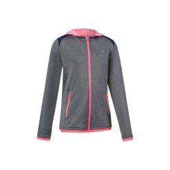 Bluza S900. Szare bluzy chłopięce marki DOMYOS, z elastanu, z kapturem. W wyprzedaży za 54,99 zł.