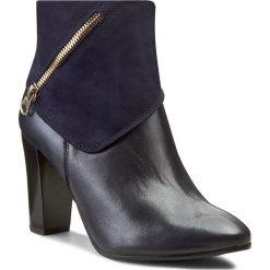Botki A.J.F. - 00937 Granat 713/170. Niebieskie buty zimowe damskie A.J.F., ze skóry, na obcasie. W wyprzedaży za 239,00 zł.