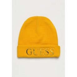 Guess Jeans - Czapka. Pomarańczowe czapki zimowe damskie Guess Jeans, z dzianiny. Za 189,90 zł.