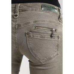 Freeman T. Porter ALEXA Jeansy Slim Fit gun metal. Niebieskie jeansy damskie marki Freeman T. Porter. W wyprzedaży za 295,20 zł.