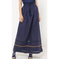 Długie spódnice: Długa spódnica z galonami