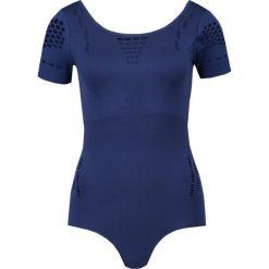 Ivy Park Tshirt z nadrukiem navy. Czarne topy sportowe damskie marki Strategia. W wyprzedaży za 125,40 zł.