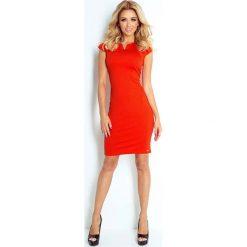 Sukienki: Pomarańczowa Sukienka Klasyczna Dopasowana z Zakładkami