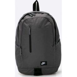 Nike Sportswear - Plecak All Access Soleday. Czarne plecaki męskie Nike Sportswear, w paski, z materiału. Za 119,90 zł.
