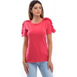 Bluzki damskie: Koralowa bluzka z falbankami na ramionach 3514