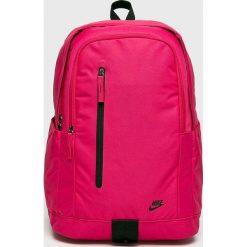 Nike Sportswear - Plecak. Różowe plecaki damskie Nike Sportswear, z poliesteru. Za 119,90 zł.