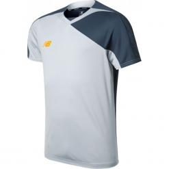 Koszulka treningowa TT Jersey. Szare koszulki do piłki nożnej męskie New Balance, na jesień, m, z jersey. W wyprzedaży za 69,99 zł.