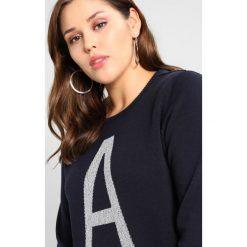 Swetry klasyczne damskie: Zizzi OPENNY KNITTED ALETTER Sweter night comb
