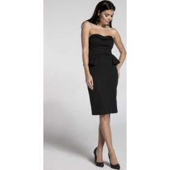 Czarna Koktajlowa Sukienka Gorsetowa z Półbaskinką. Czarne sukienki balowe marki Molly.pl, na wesele, l, z gorsetem, midi, baskinki. W wyprzedaży za 106,86 zł.