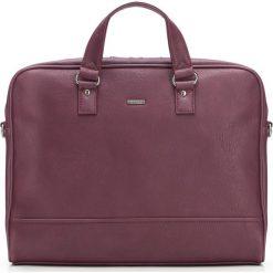 Torba na laptopa 87-3P-506-3. Czerwone torby na laptopa Wittchen, w paski. Za 379,00 zł.