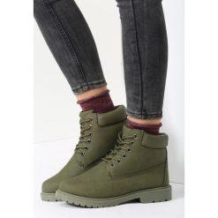 Zielone Traperki Untoward. Zielone buty zimowe damskie other, z materiału, z okrągłym noskiem, na obcasie. Za 69,99 zł.