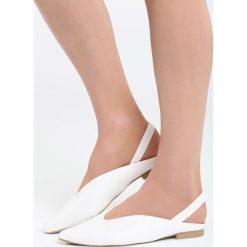 Białe Balerinki Begin With. Białe baleriny damskie marki Born2be, z materiału, na obcasie. Za 59,99 zł.