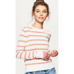 Swetry klasyczne damskie: Sweter w paski - Fioletowy