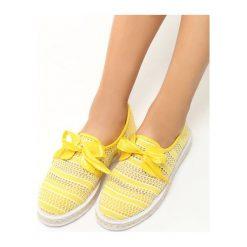 Żółte Espadryle Americanos. Żółte espadryle damskie marki Born2be, moro, na płaskiej podeszwie. Za 59,99 zł.