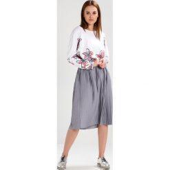 Bluzy rozpinane damskie: Juvia FLOWER Bluza white