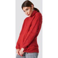 NA-KD Sweter oversize z golfem - Red. Czerwone golfy damskie NA-KD, z dzianiny. Za 161,95 zł.