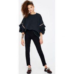 Bluzy rozpinane damskie: Bluza z efektem sprania i tasiemkami w etnicznym stylu