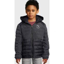 Abercrombie & Fitch PUFFER Kurtka zimowa black. Niebieskie kurtki chłopięce zimowe marki Abercrombie & Fitch. W wyprzedaży za 231,20 zł.