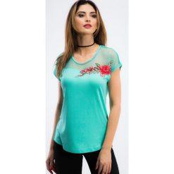 Miętowa bluzka z haftem TA6186. Zielone bluzki z odkrytymi ramionami Fasardi, l, z haftami. Za 47,20 zł.