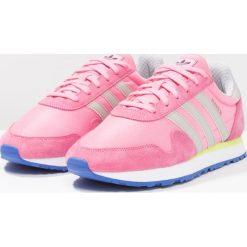 Adidas Originals HAVEN Tenisówki i Trampki easy pink/clear granite/solar yellow. Czerwone tenisówki damskie marki adidas Originals, z materiału. W wyprzedaży za 341,10 zł.