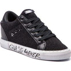 Sneakersy GUESS - FLPRE4 FAM12 BLACK. Czarne sneakersy damskie Guess, z materiału. Za 399,00 zł.