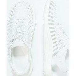 Keen UNEEK Sandały trekkingowe white. Białe sandały męskie Keen, z gumy. Za 419,00 zł.