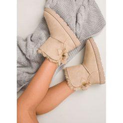 BEŻOWE ŚNIEGOWCE DAMSKIE. Białe buty zimowe damskie marki Merg. Za 76,90 zł.