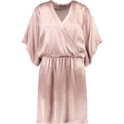Sukienki hiszpanki: KIOMI Sukienka koktajlowa gold